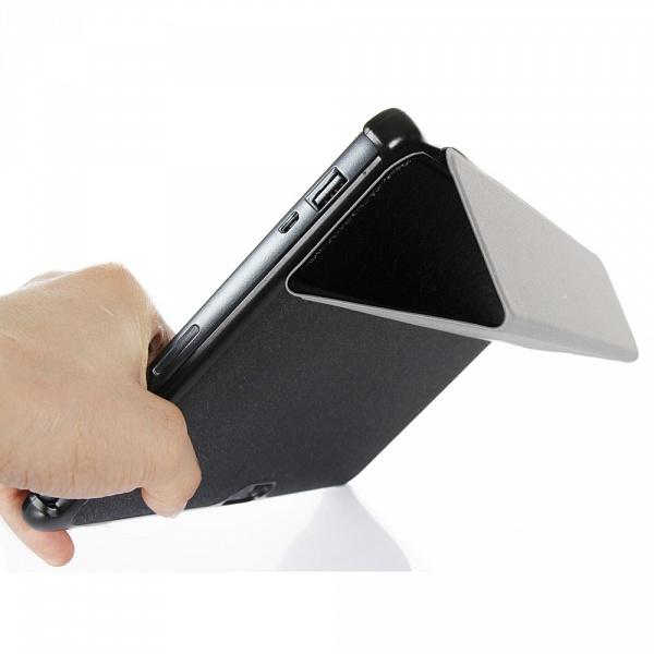 tri fold stand