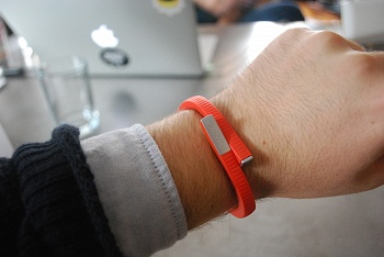 Jawbone UP24 Persimmon M - ITMag